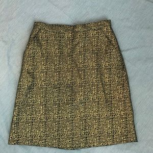 Tucker black and gold metallic skirt size 7
